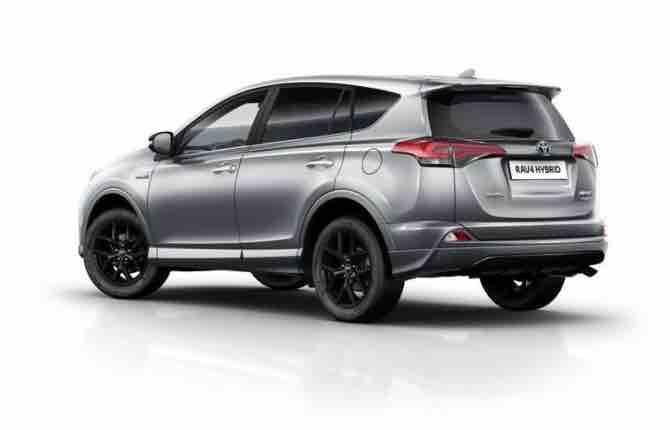 Nuova Rav4 Hybrid, Toyota all'attacco