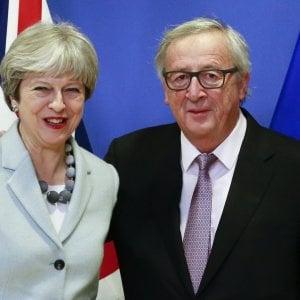 Theresa May e Jean-Claude Juncker, prima ministra britannica e presidente della Commissione Ue