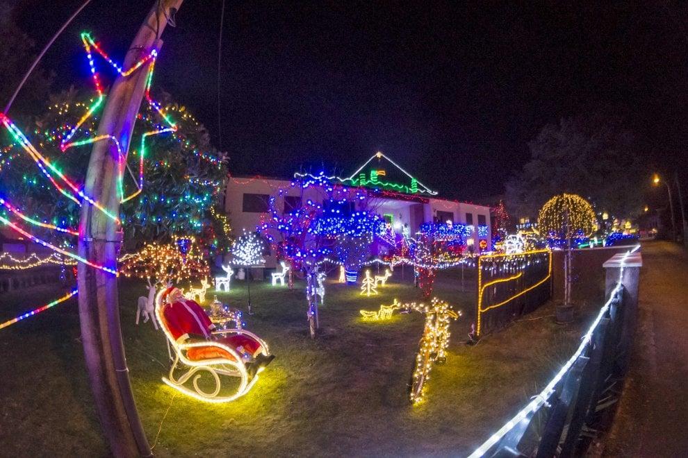 Foto Di Luci Di Natale.Il Giardino Delle 70mila Luci Di Natale A Treviso La Casa