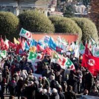 """Renzi: """"A Como bella giornata"""". Salvini: """"In piazza con il Pd chi sostiene immigrazione..."""