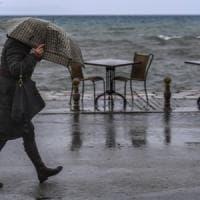 Meteo, maltempo e forte vento al Centro e al Sud. Rischio pioggia ghiacciata al Nord