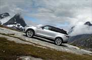 Jaguar Land Rover e Red Cross, da 64 anni insieme