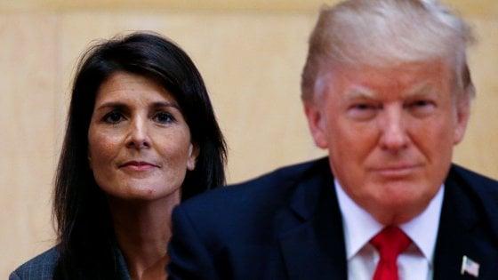 """Ambasciatrice Usa all'Onu contro Trump: """"Si ascoltino le donne che denunciano le sue molestie"""""""