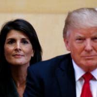 """Ambasciatrice Usa all'Onu contro Trump: """"Si ascoltino le donne che denunciano le sue..."""