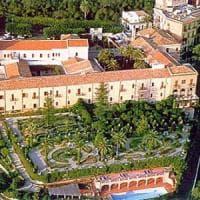 A Taormina chiude l'albergo che ha ospitato i potenti per il G7