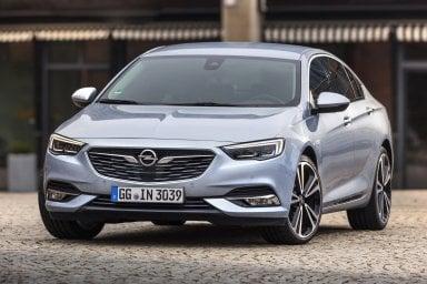 Opel Insignia a tutto gas