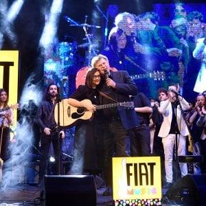 Al Teatro Ariston di Sanremo Fiat Music incorona Roberta Finocchiaro