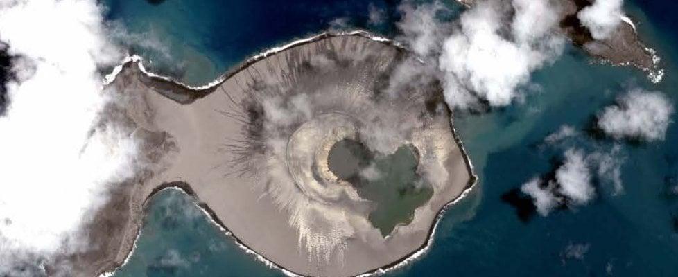 È nata una nuova isola nel Pacifico. Resiste e potrebbe aiutarci a comprendere Marte