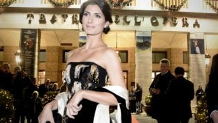 Prima dell'Opera: la star sul red carpet è Virginia Raggi