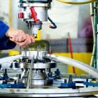 Produzione industriale in lieve rialzo a ottobre
