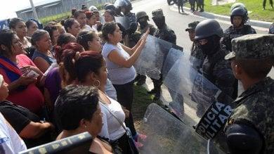 Honduras, le tattiche violente e illegali  per ridurre al silenzio la popolazione