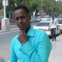 """Somalia, giornalista ucciso. Il direttore: """"Ogni giorno abbiamo paura di morire, ma non ci..."""