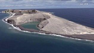 Nel mondo c'è una nuova isola:la genesi nel time-lapse Nasa