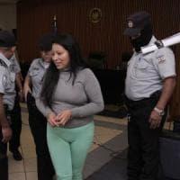 El Salvador, abortì dopo uno stupro di gruppo: condannata a 30 anni di