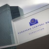 Borse caute, la Bce non tocca i tassi. Strette monetarie in Cina ed Usa