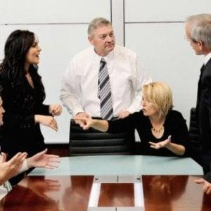 Battaglie e conflitti sul lavoro, 6 regole per stare bene in ufficio