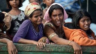 Myanmar, la fuga tragica dei Rohingya: almeno 6.700 morti  in un solo mese per le violenze