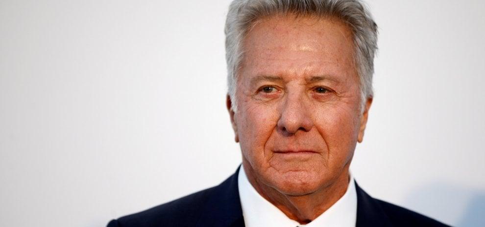 Molestie, altre tre donne accusano Dustin Hoffman: una era minorenne