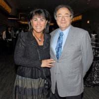 Canada, trovati morti in casa il miliardario Barry Sherman e la moglie.