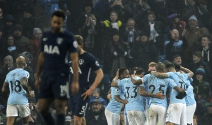 City inarrestabile: 4-1 al Tottenham  Il Chelsea vince ma resta a -14