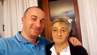 Raffaele Rullo con la madre Antonietta Biancaniello