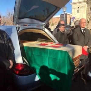 La salma di Vittorio Emanuele III è in Italia, al santuario di Vicoforte: riposerà accanto alla moglie