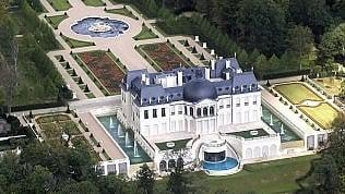 Ecco la casa più cara del mondo: svelato il nome del compratore