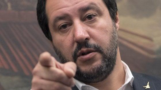 """Salvini sfida Berlusconi: """"Firmi programma o niente alleanza. E se avrò più voti sarò premier"""""""