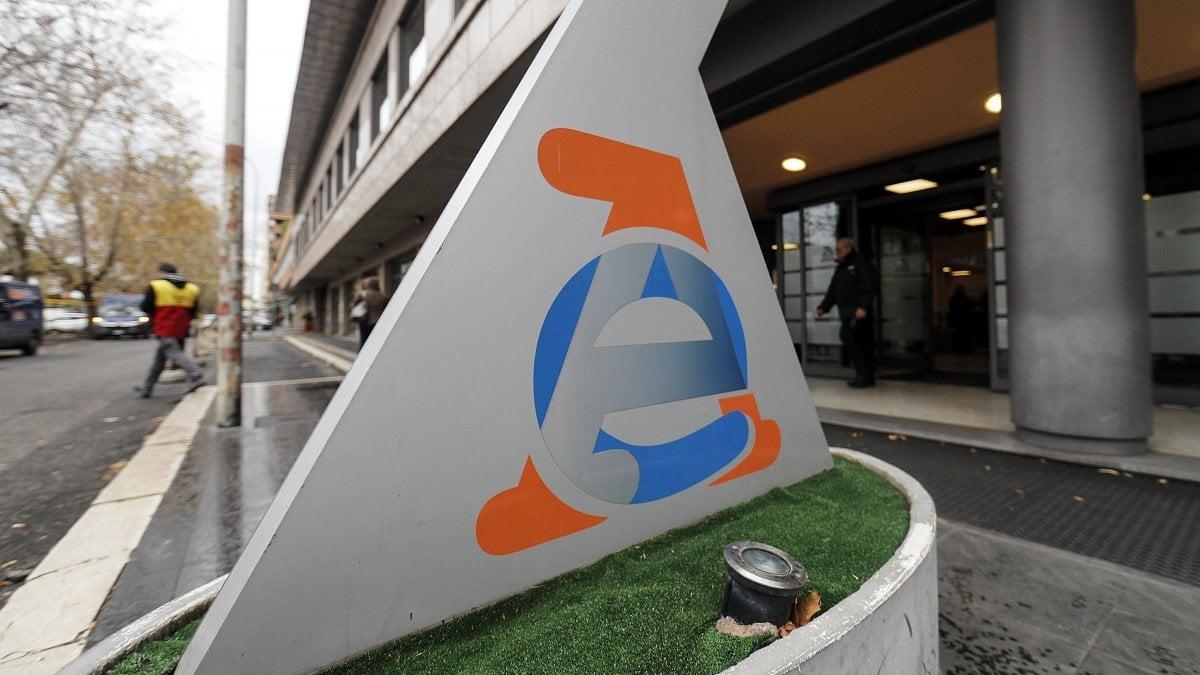 Niente tv entro l 39 anno la dichiarazione per evitare il - Iva 4 costruzione prima casa agenzia entrate ...
