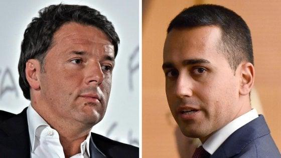 """Scontro Di Maio-Renzi sull'euro. Il 5S: """"Voterei per l'uscita"""". Il segretario: """"Una follia"""""""