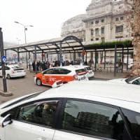 Tinaba si accorda con i tassisti per pagare senza contanti