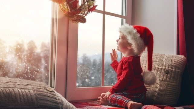 Natale, affrontarlo senza stress. Fra regali hi tech, giochi e cucina