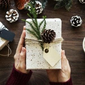 Un libro sotto l'albero per vivere meglio il Natale nonostante il tumore