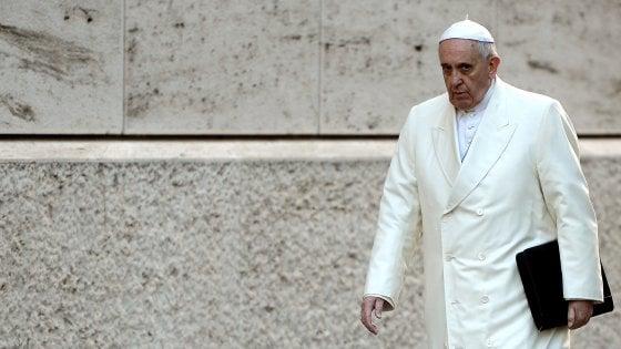 Papa Francesco e il Natale in Vaticano con poca laetitia