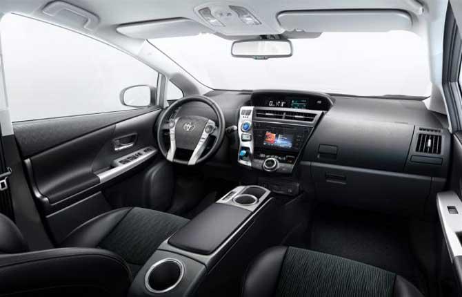 Toyota rinnova la Prius+