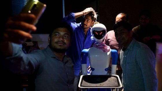 Robot: sotto stress hanno paura, come noi