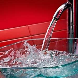 Cinquanta litri d'acqua gratis al giorno: ecco il bonus idrico