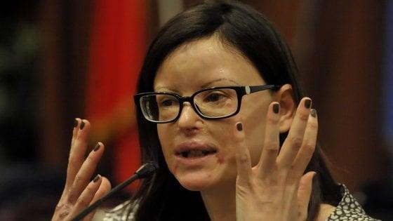"""Lucia Annibali bacchetta Travaglio: """"Legislatura nell'acido? Da non dire neanche per scherzo"""""""