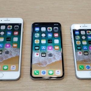 """iPhone lenti, Apple si scusa: """"Mai fatto nulla per accorciare la vita dei nostri dispositivi"""""""
