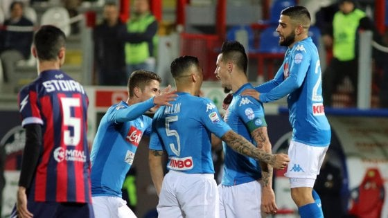 Crotone-Napoli 0-1: decide Hamsik, azzurri campioni d'inverno