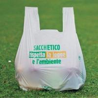 Dal primo gennaio sono obbligatori: i bioshopper dividono gli italiani