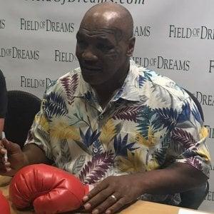 Boxe, Mike Tyson apre un ranch in California: produrrà marijuana