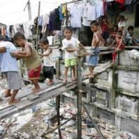 Manila, le volontarie cattoliche al servizio dei senzatetto che vivono nei