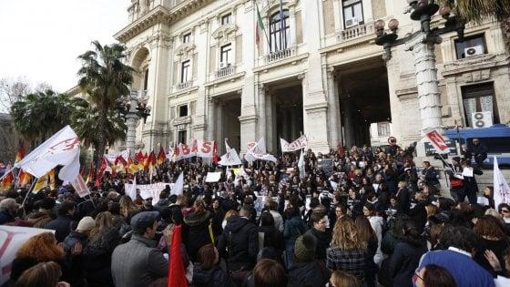 Risultati immagini per sciopero