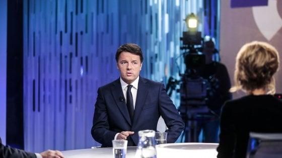 """Renzi: """"Chi vota sinistra radicale favorisce la Lega""""  Dirigenti in lista, anche Boschi. E Padoan si candida"""