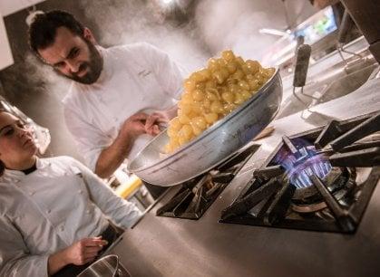E l'umile pasta con i legumi conquista anche gli chef creativi