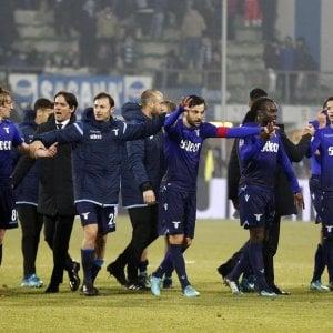 Lazio, compleanno e polemiche: anche la Lega di B fa gli auguri