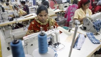 Campagna Abiti Puliti, 70 mila persone  chiedono di svelare da dove vengono  i capi d'abbigliamento acquistati