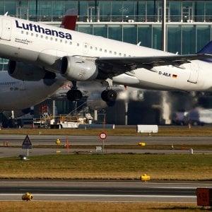 Lufthansa a caccia di piloti e assistenti di volo