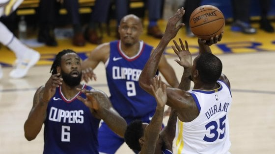 Basket, Nba: colpaccio Clippers, Lou Williams stende Golden State